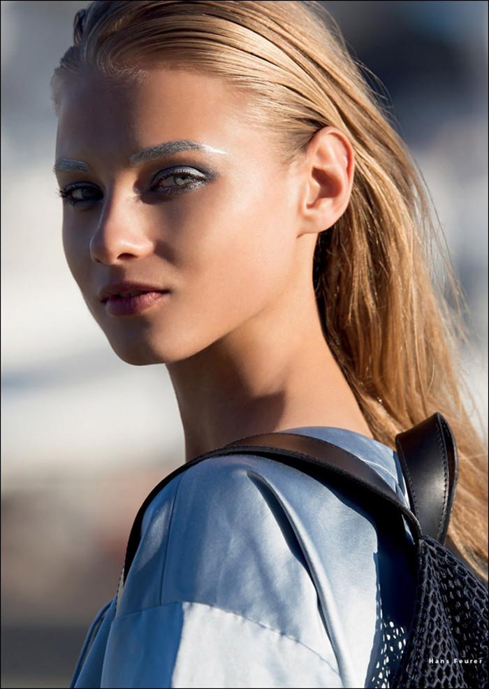 AnnaSelezneva-vogue-sporty-chic-edito-inspiration-bymyheels (4)