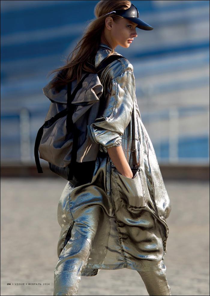 AnnaSelezneva-vogue-sporty-chic-edito-inspiration-bymyheels (5)