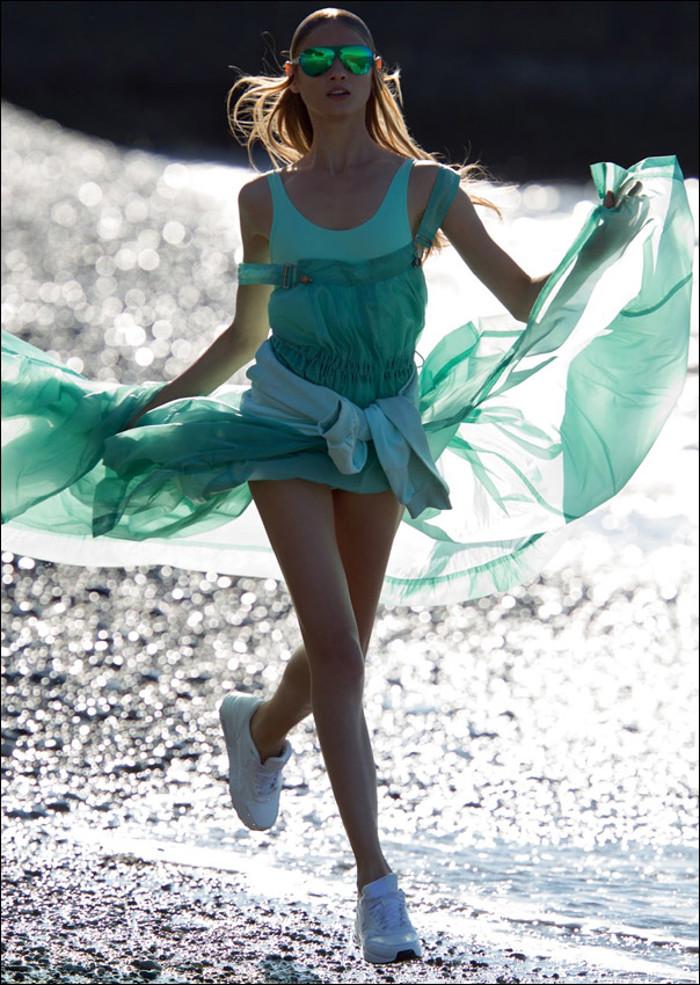 AnnaSelezneva-vogue-sporty-chic-edito-inspiration-bymyheels (7)