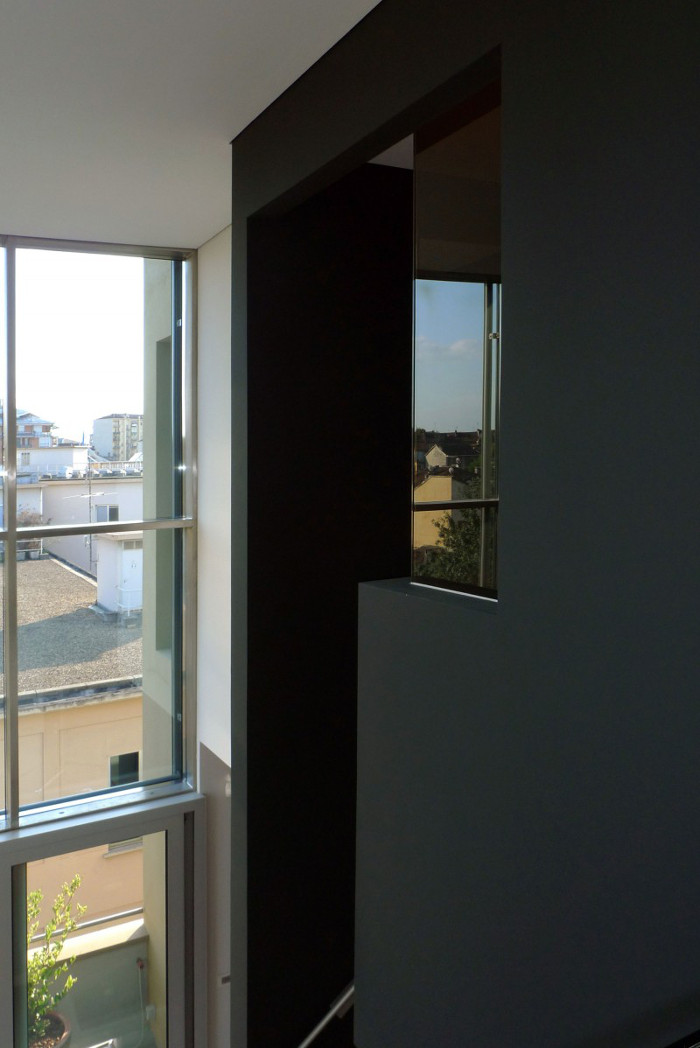 Contemporary_House_Italy_Deco_Inspiration_Bymyheels (10)