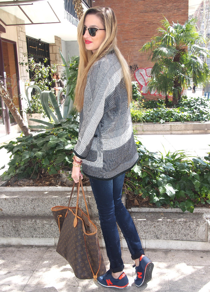 New Balance and Salsa jeans outfit Lara Martin Gilarranz Bymyheels