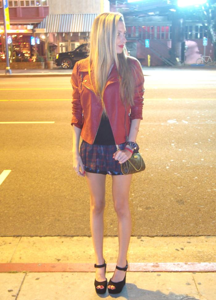 Sunset_Boulevard_Los_Angeles_Perfecto_Jacket_Guess_Tartan_Short_Louis_Vuitton_Bag_Lara_Martin_Gilarranz_Bymyheels