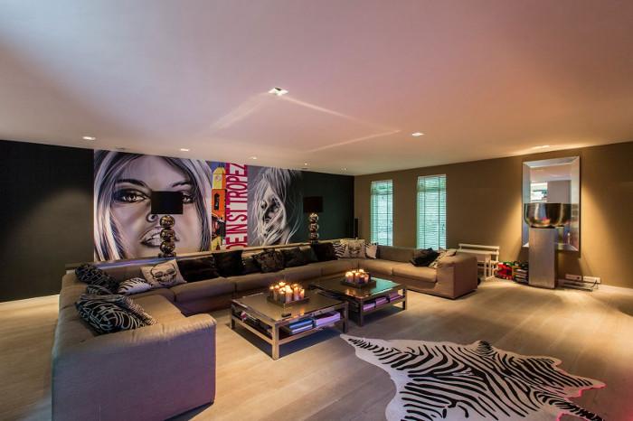 Contemporary_Villa_Deco_House_Bymyheels (1)