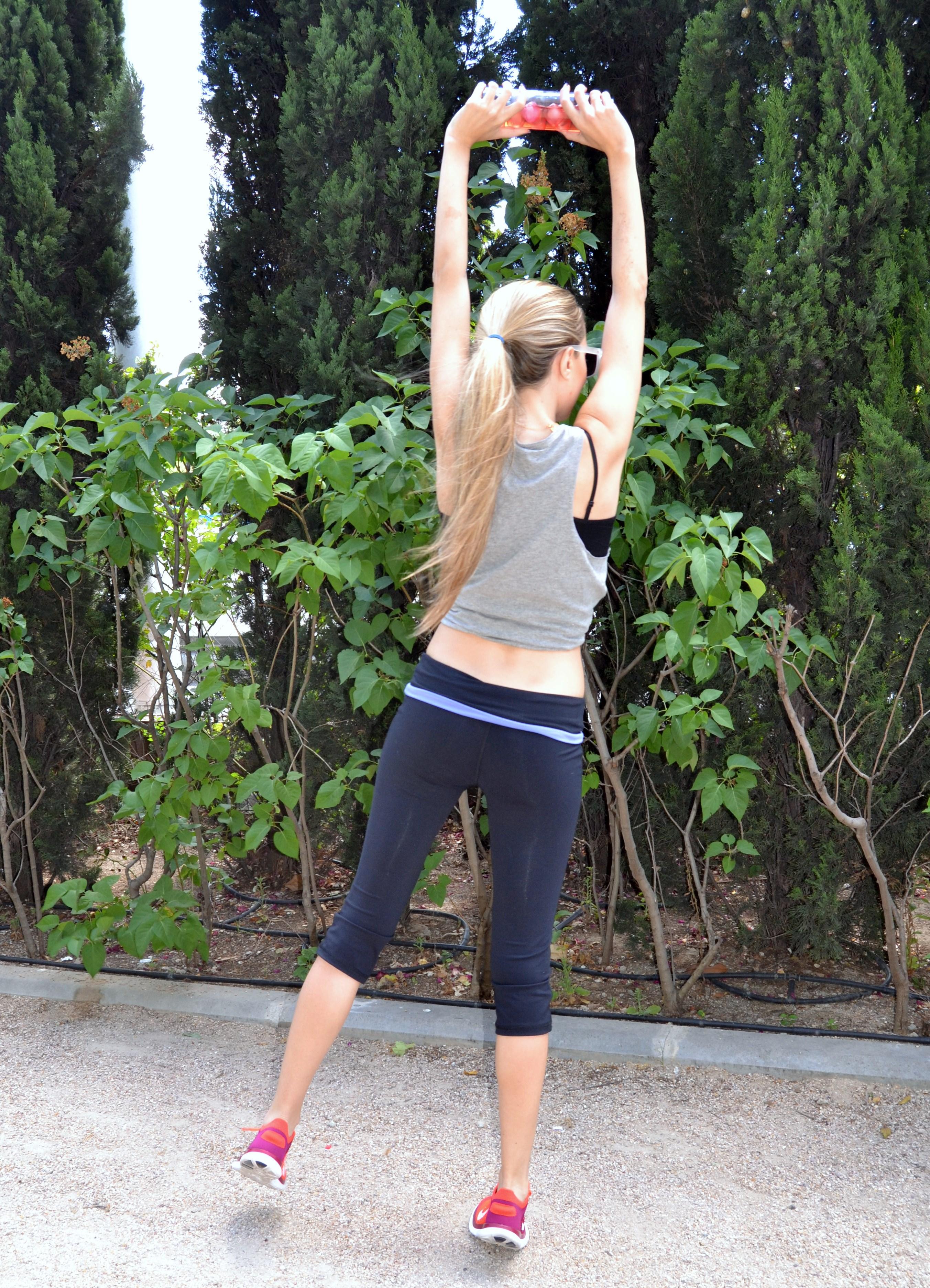 HerbaPremium_Healthy_Life_Sporty_Outfit_Fitness_Nike_Free_Flyknit_Mirror_Sunnies_Lara_Martin_Gilarranz_Bymyheels (25)
