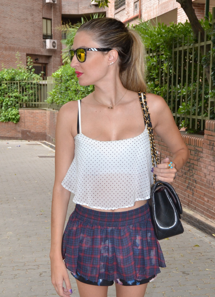 Nike_Fly_Knit_Tartan_Flowers_Blenders_Mirror_Sunnies_Chanel_255_Crop_Top_Lara_Martin_Gilarranz_Bymyheels (13)