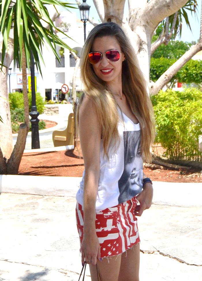 Strates_Print_Skirt_Blenders_Sunglasses_Eyewear_Eleven_Paris_T-shirt_Havaianas_Neverlfull_Louis_Vuitton_Lara_Martin_Gilarranz_Bymyheels (7)