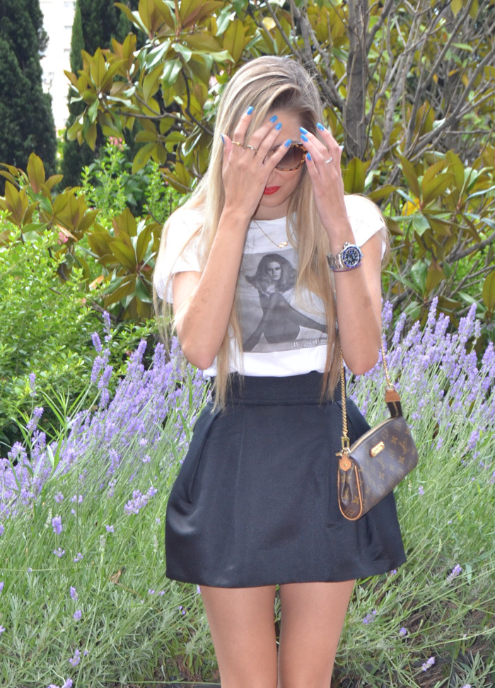 Sunglass_Hut_MIU_MIU_glasses_Pochette_Eva_Louis_Vuitton_Black_and_White_Lady_Peep_Christian_Louoboutin_Lara_Martin_Gilarranz_Bymyheels (5)