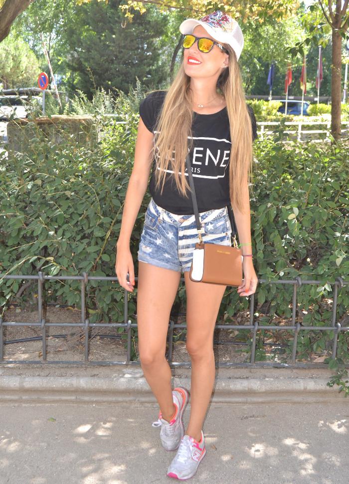 Ed_Hardy_Cap_Forever_21_Shorts_New_Balance_Blenders_Gafas_De_Sol_De_Espejo_Lara_Martin_Gilarranz_Bymyheels (4)