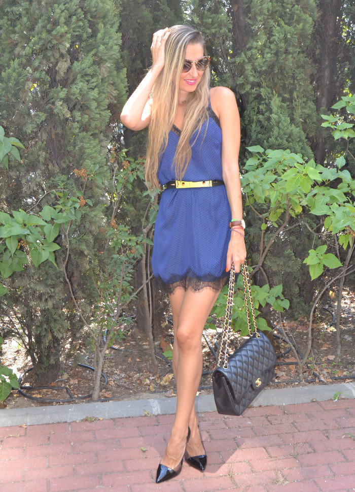 Lace_Dress_Chanel_Bag_Chloe_Borel_Shoes_Lara_Martin_Gilarranz_Bymyheels (5)