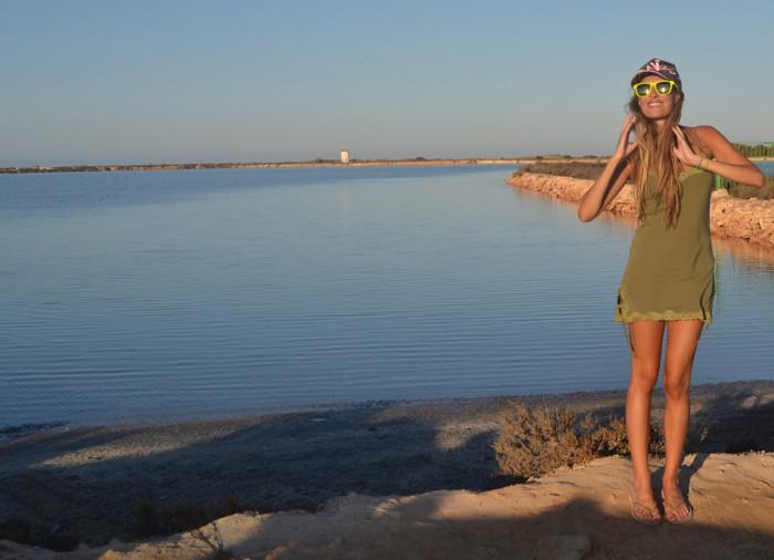 Beach_Dress_High_Waisted_Shorts_Crop_Top_Cap_Denim_Michael_Kors_Skirt_Lara_Martin_Gilarranz_Bymyheels (1)