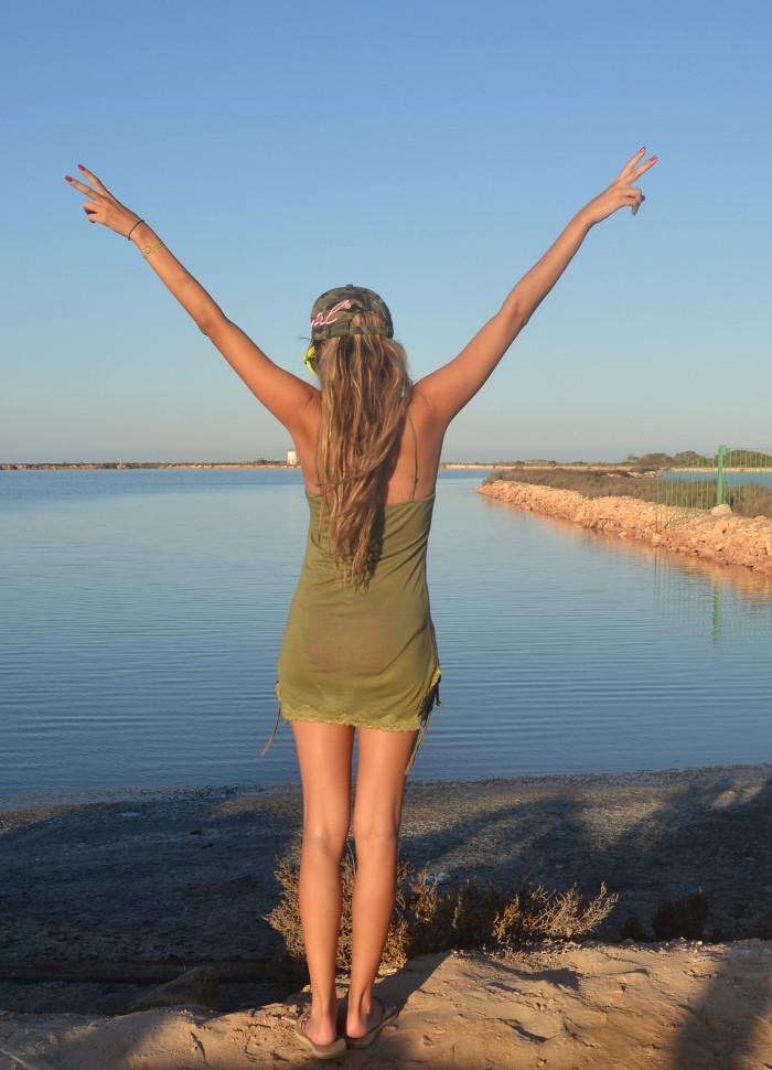 Beach_Dress_High_Waisted_Shorts_Crop_Top_Cap_Denim_Michael_Kors_Skirt_Lara_Martin_Gilarranz_Bymyheels (3)