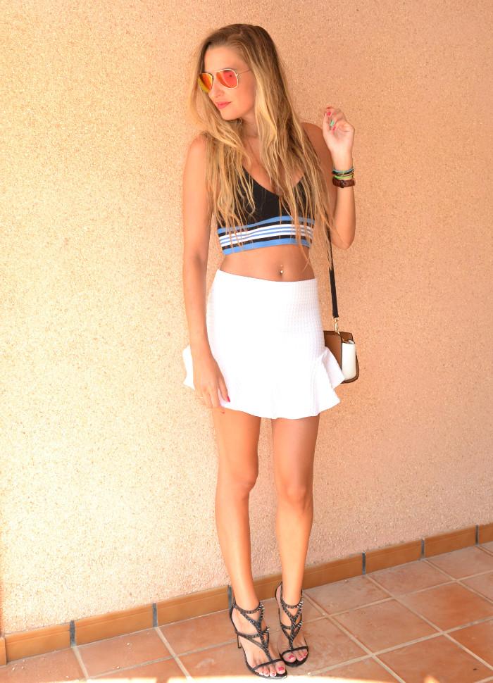 Beach_Dress_High_Waisted_Shorts_Crop_Top_Cap_Denim_Michael_Kors_Skirt_Lara_Martin_Gilarranz_Bymyheels (44)