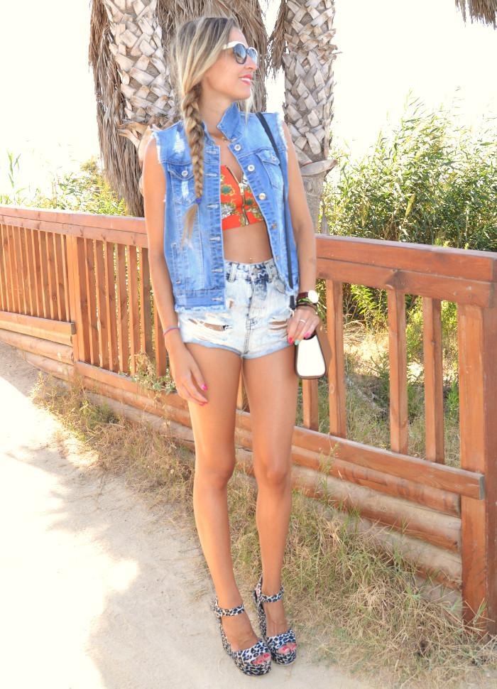 Beach_Dress_High_Waisted_Shorts_Crop_Top_Cap_Denim_Michael_Kors_Skirt_Lara_Martin_Gilarranz_Bymyheels (53)