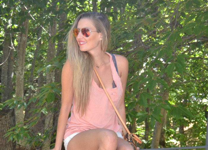 Shorts_Tank_Top_Mirror_Sunnies_New_Balance_Mini_Speedy_Louis_Vuitton_Lara_Martin_Gilarranz_Bymyheels (7)