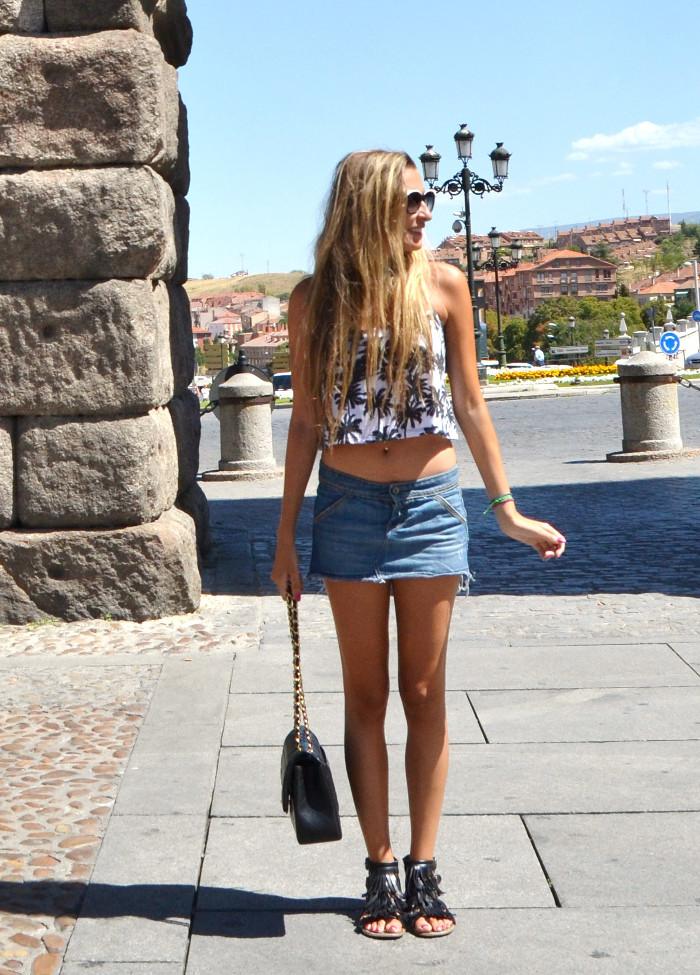 Segovia_Denim_Skirt_Esprit_Sunnies_Chanel_Mustang_Lara_Martin_Gilarranz_Bymyheels (5)