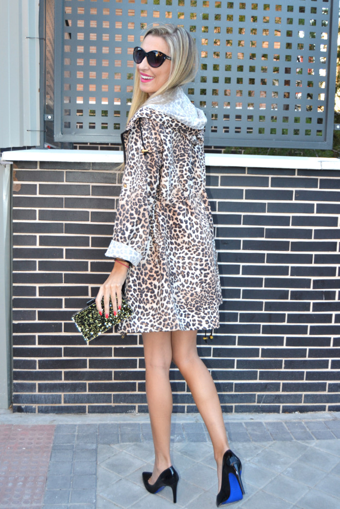 Venca_Gabardina_Animal_Print_Leather_Dress_Zapatos_Negros_Charol_Armand_Basi_Lara_Martin_Gilarranz_Bymyheels (9)