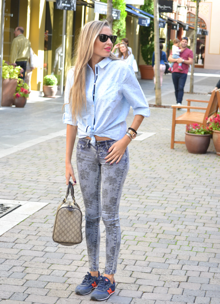 Las_Rozas_Village_La_Roca_Village_Chic_Outlet_Shopping_Boston_Bag_Gucci_Wayfarer_New_Balance_Ray_Ban_Lara_Martin_Gilarranz_DKNY_Bymyheels (1)