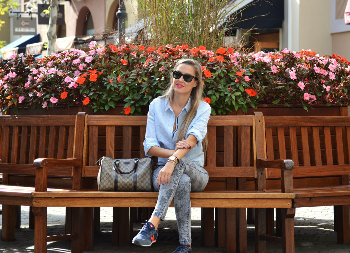 Las_Rozas_Village_La_Roca_Village_Chic_Outlet_Shopping_Boston_Bag_Gucci_Wayfarer_New_Balance_Ray_Ban_Lara_Martin_Gilarranz_DKNY_Bymyheels (14)