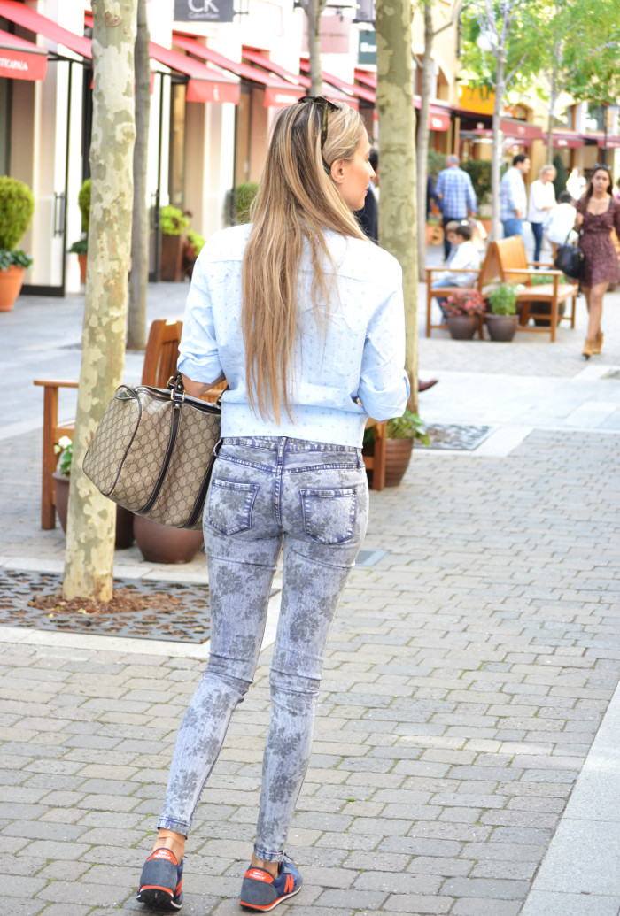 Las_Rozas_Village_La_Roca_Village_Chic_Outlet_Shopping_Boston_Bag_Gucci_Wayfarer_New_Balance_Ray_Ban_Lara_Martin_Gilarranz_DKNY_Bymyheels (5)