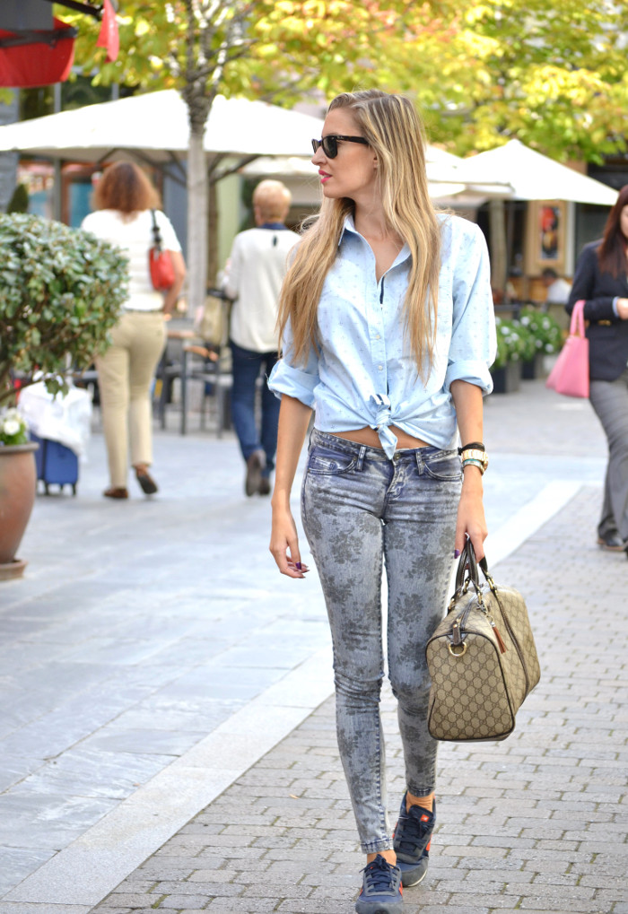 Las_Rozas_Village_La_Roca_Village_Chic_Outlet_Shopping_Boston_Bag_Gucci_Wayfarer_New_Balance_Ray_Ban_Lara_Martin_Gilarranz_DKNY_Bymyheels (9)