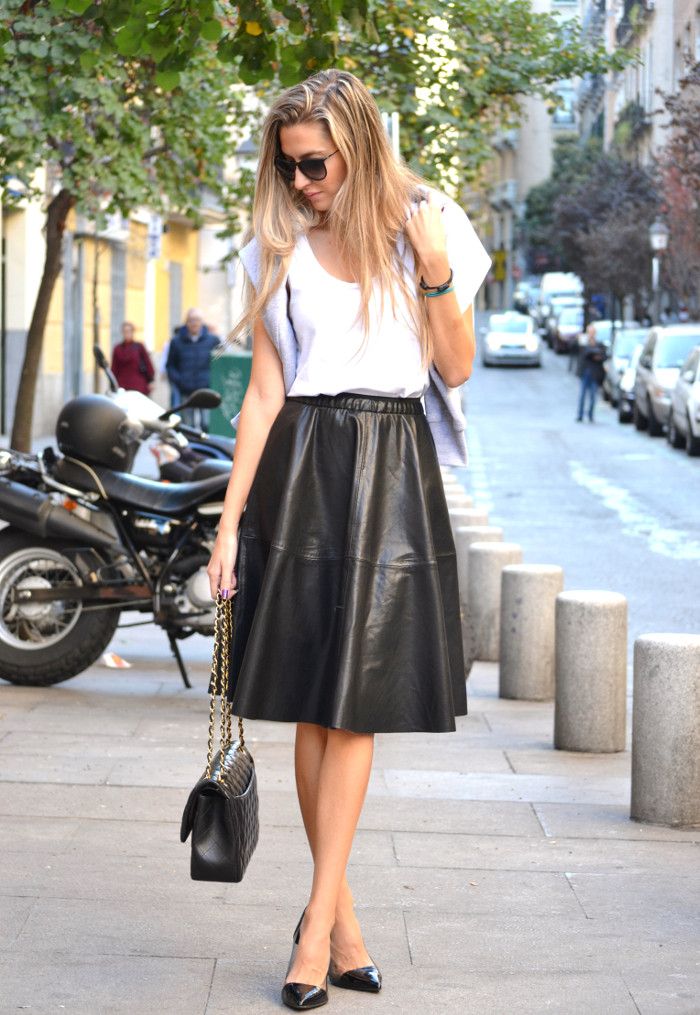 Mulaya_Leather_Skirt_Chloe_Borel_Chanel_Ray_Ban_Eleven_Paris_Lara_Martin_Gilarranz_Bymyheels (5)