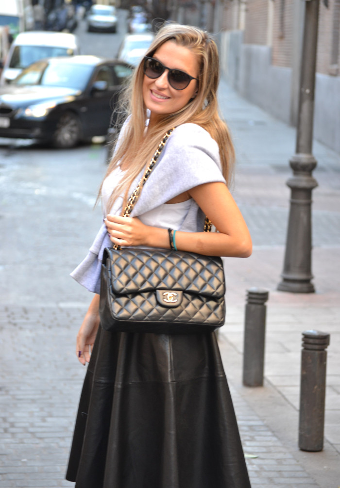 Mulaya_Leather_Skirt_Chloe_Borel_Chanel_Ray_Ban_Eleven_Paris_Lara_Martin_Gilarranz_Bymyheels (9)