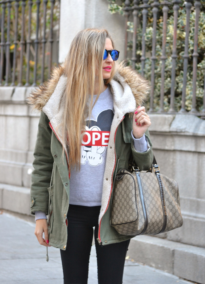 Military_Parka_New_Balance_Wantlook_Sunglasses_Mirror_Sunnies_Boston_Bag_Gucci_Lara_Martin_Gilarranz_Bymyheels (10)