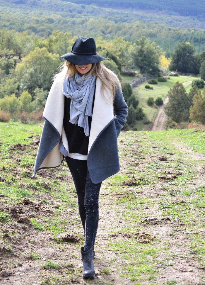Sierra_Riverside_Hat_Grey_Coat_Jeans_Alpe_Lara_Martin_Gilarranz_Bymyheels (10)