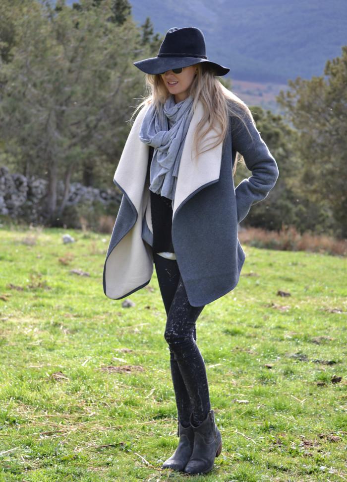 Sierra_Riverside_Hat_Grey_Coat_Jeans_Alpe_Lara_Martin_Gilarranz_Bymyheels (6)