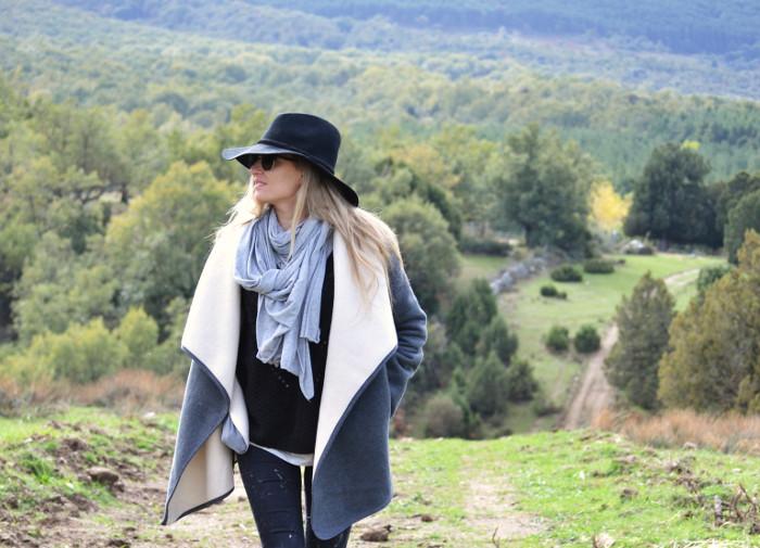 Sierra_Riverside_Hat_Grey_Coat_Jeans_Alpe_Lara_Martin_Gilarranz_Bymyheels (8)