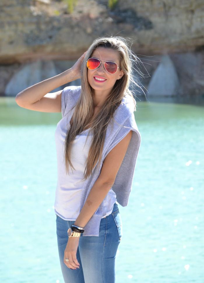 Skinny_Jeans_Sweatshirt_New_Balance_Tank_Top_Blenders_Salsa_Jeans_Lara_Martin_Gilarranz_Bymyheels (4)