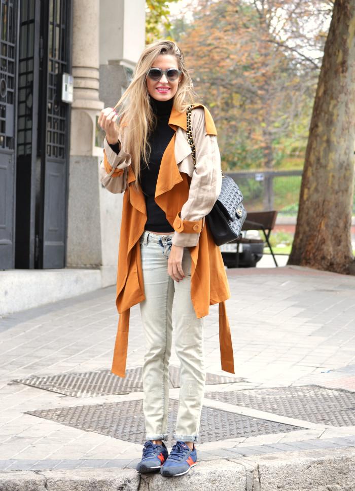Trench_255_Chanel_Bag_Jeans_New_Balance_Giorgio_Armani_Lara_Martin_Gilarranz_Bymyheels (7)