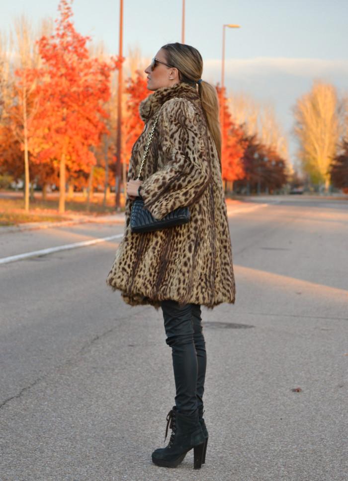 Fur_Coat_Jineta_Leather_Pants_Vuarnet_Sunglasses_Lara_Martin_Gilarranz_Bymyheels (12)