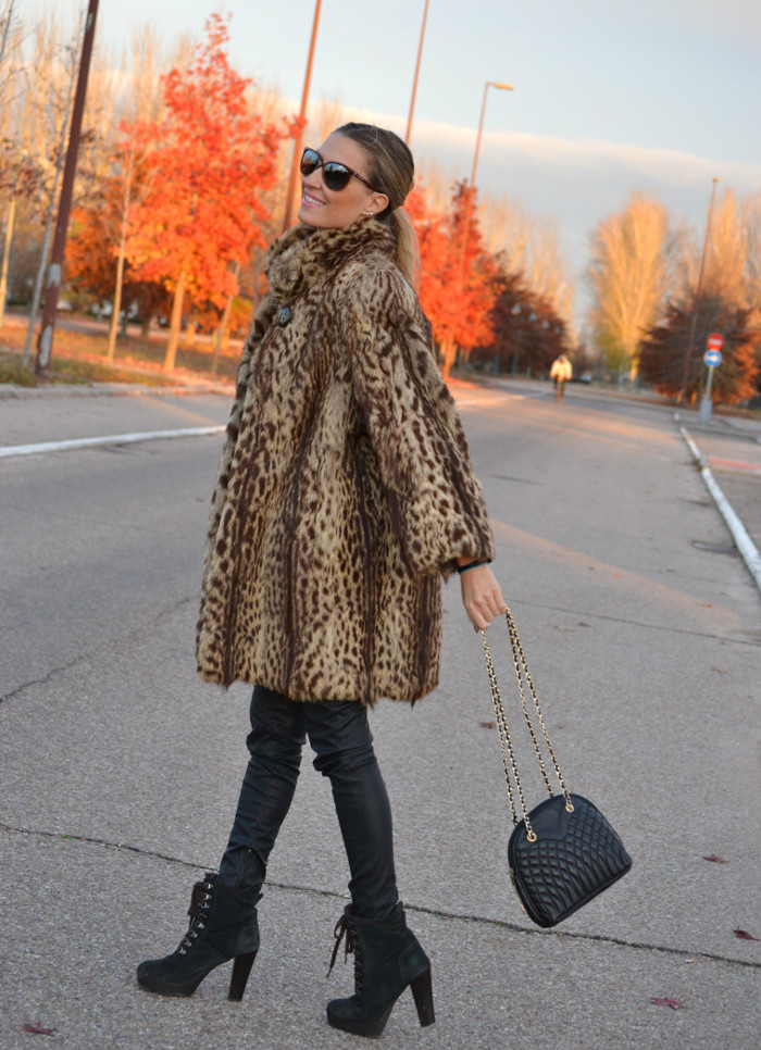 Fur_Coat_Jineta_Leather_Pants_Vuarnet_Sunglasses_Lara_Martin_Gilarranz_Bymyheels (13)