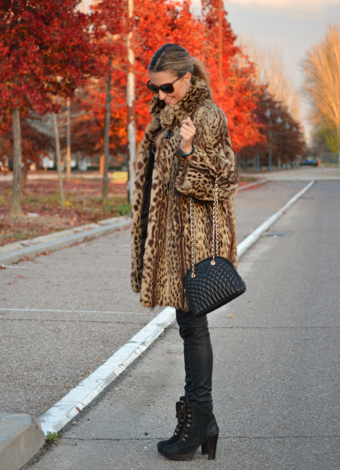 Fur_Coat_Jineta_Leather_Pants_Vuarnet_Sunglasses_Lara_Martin_Gilarranz_Bymyheels (14)