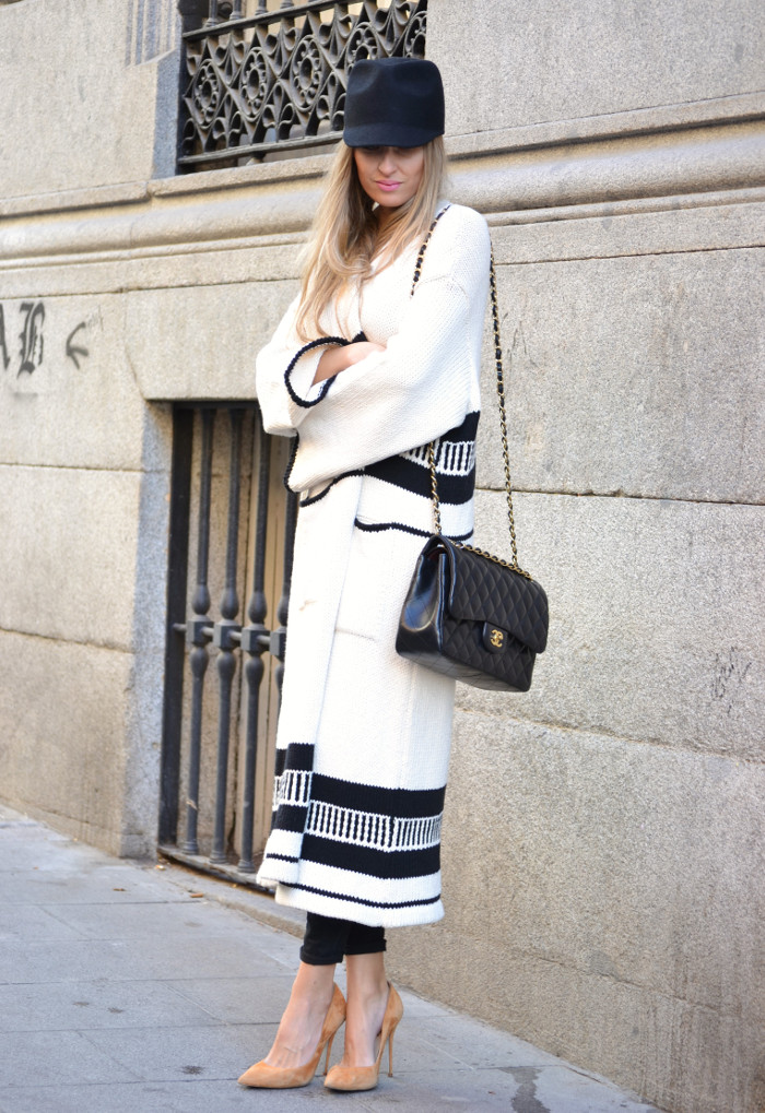 Long_Cardigan_Hat_Asos_Zara_Stilettos_Jumbo_Chanel_Lara_Martin_Gilarranz_Bymyheels_Street_Style_Fashion_Blogger (1)
