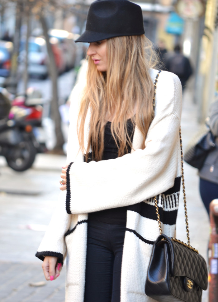 Long_Cardigan_Hat_Asos_Zara_Stilettos_Jumbo_Chanel_Lara_Martin_Gilarranz_Bymyheels_Street_Style_Fashion_Blogger (3)