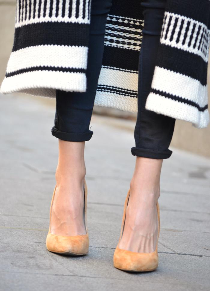 Long_Cardigan_Hat_Asos_Zara_Stilettos_Jumbo_Chanel_Lara_Martin_Gilarranz_Bymyheels_Street_Style_Fashion_Blogger (6)