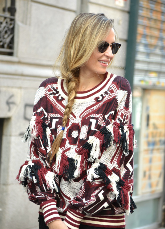 Aztec_Print_Sweater_Zara_Clubmaster_Ray_Ban_Botas_Boston_Bag_Gucci_Falda_Negra_Lara_Martin_Gilarranz_Bymyheels (9)