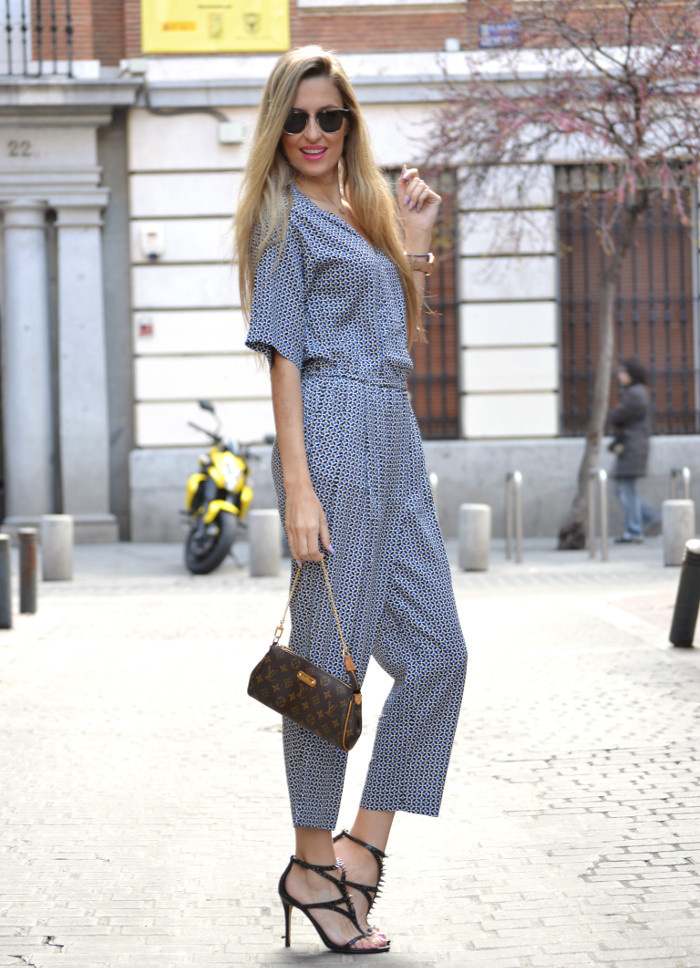 Jumpsuit_Ray_Ban_Clubmaster_Guess_Sandals_HM_Lara_Martin_Gilarranz_Bymyheels (4)