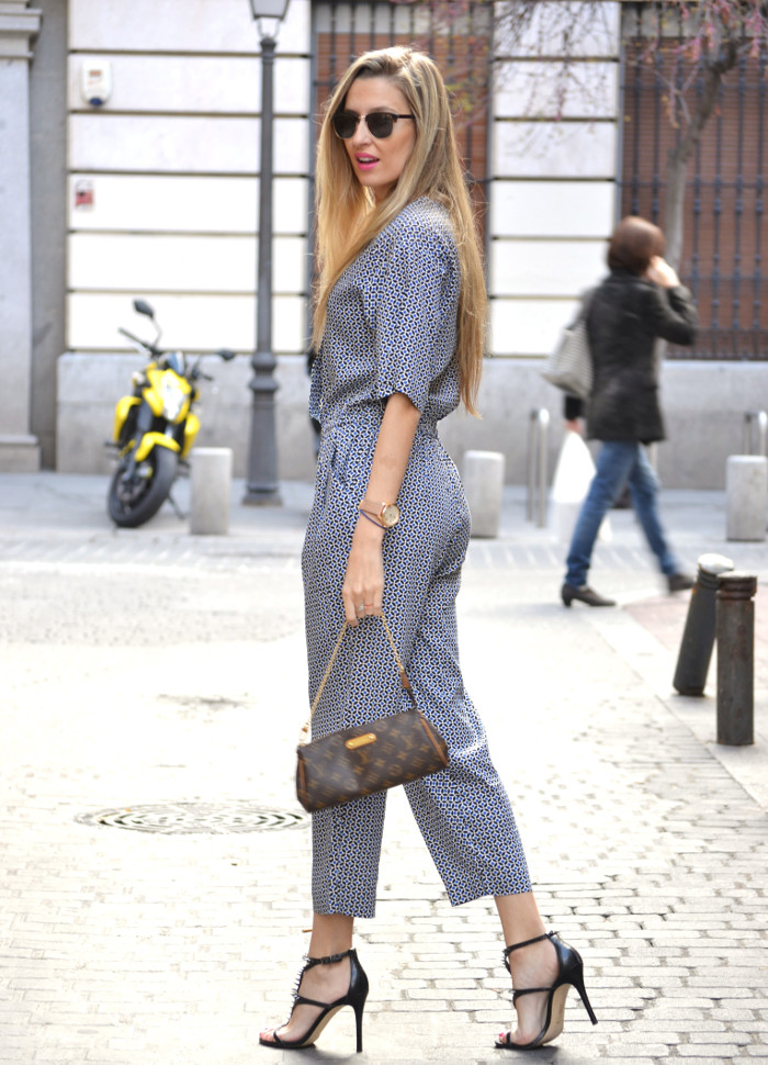 Jumpsuit_Ray_Ban_Clubmaster_Guess_Sandals_HM_Lara_Martin_Gilarranz_Bymyheels (8)