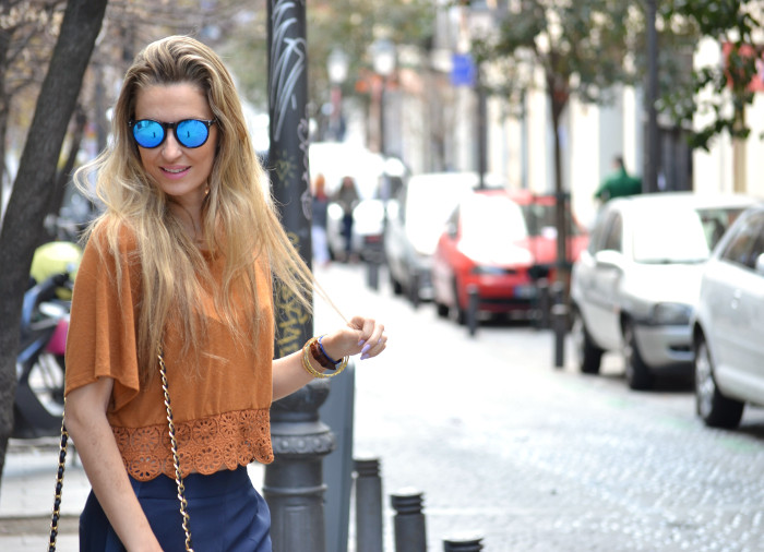 Pants_Mirros_Sunnies_Crop_Top_Lara_Martin_Gilarranz_Bymyheels (1)