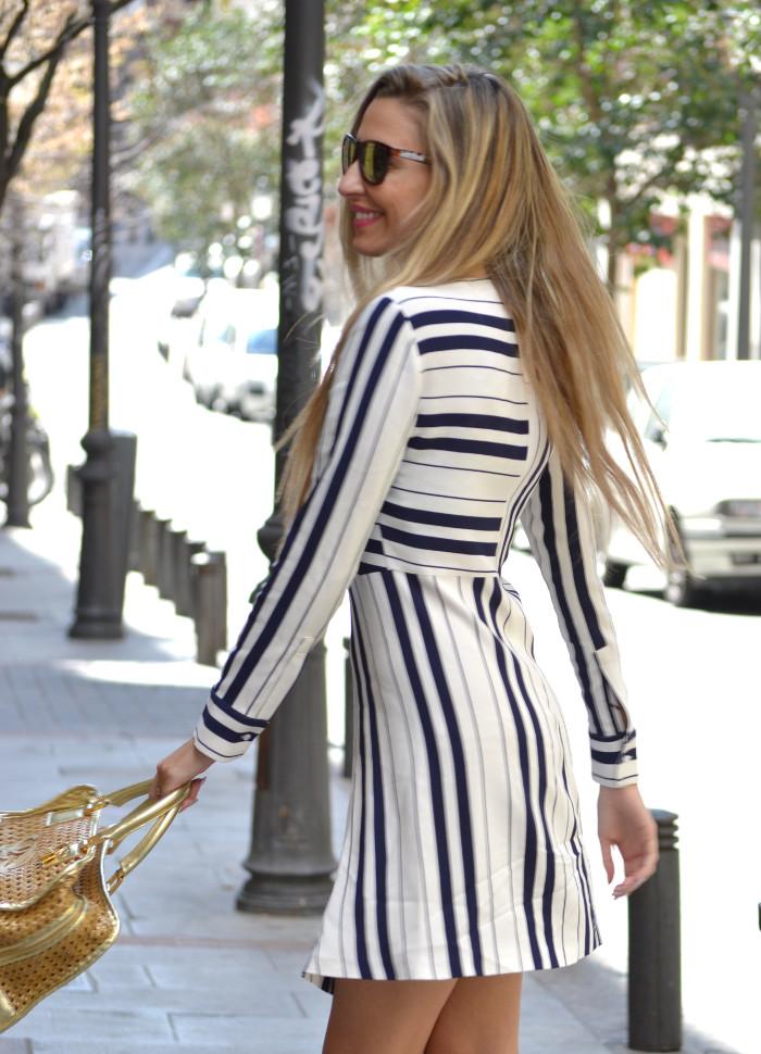 Vestido_Rayas_Dress_Amazona_Loewe_Lara_Martin_Gilarranz_Bymyheels (5)