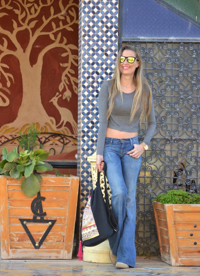 Flared_Jeans_Mochila_Morocco_Rally_Solidario_Lara_Martin_Gilarranz_Bymyheels (5)