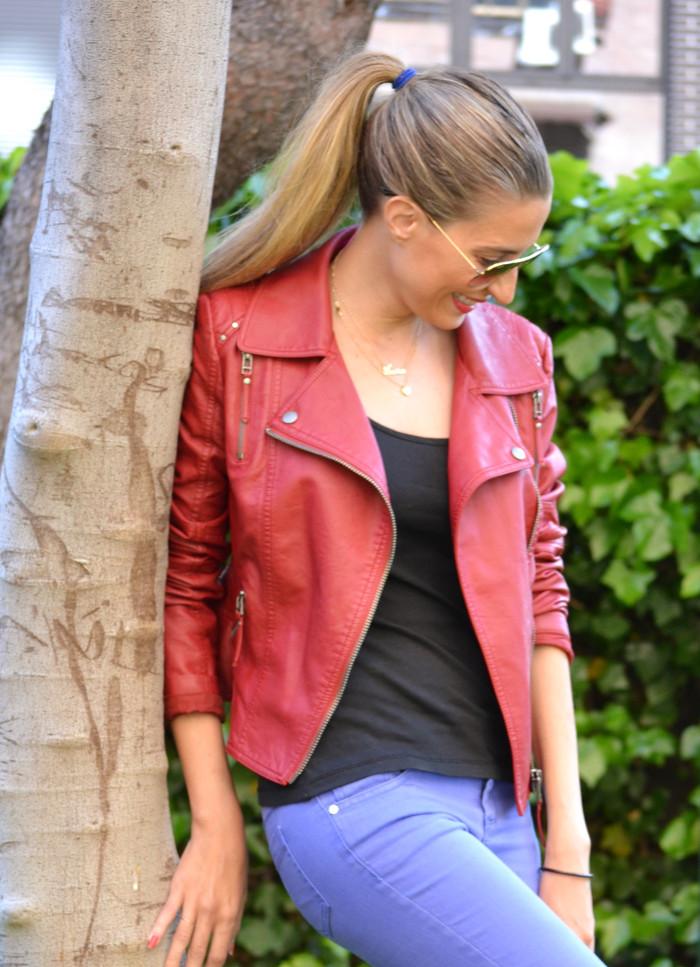 Jeans_Capri_Primark_Zara_Jumbo_Chanel_Guess_Leather_Perfecto_Jacket_Lara_Martin_Gilarranz_Bymyheels (11)