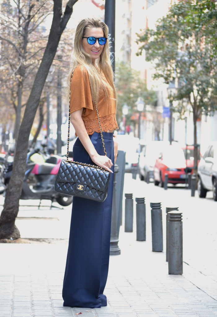 Pants_Mirros_Sunnies_Crop_Top_Lara_Martin_Gilarranz_Bymyheels (2)