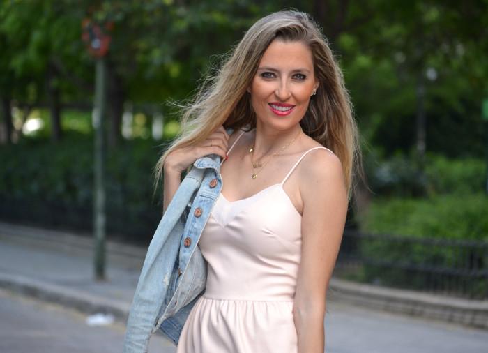 Pink_Leather_Dress_Denim_Jacket_Guess_Boots_Urban_Vicart_Lara_Martin_Gilarranz_Bymyheels (14)