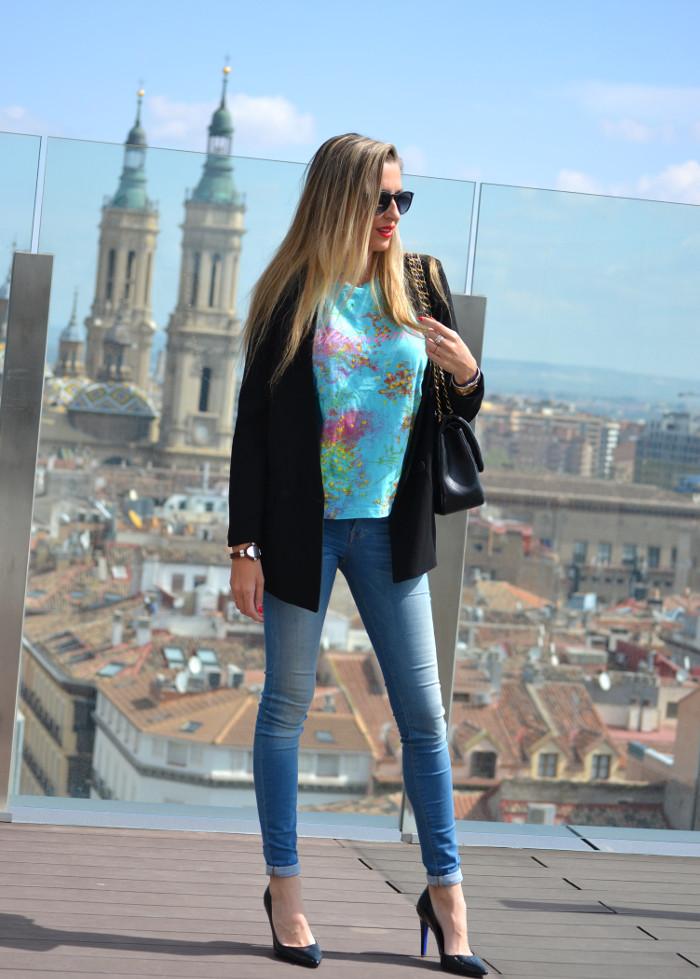 Zaragoza_Skyline_Heels_Jumbo_Chanel_Blazer_Blumarine_Salsa_Lara_Martin_Gilarranz_Bymyheels (2)