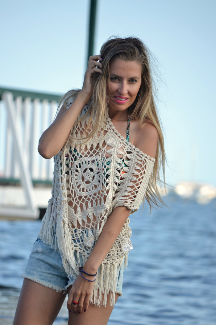 C&A_Crochet_Denim_Shorts_Flowers_Print_Cap_Beach_Fun_Lara_Martin_Gilarranz_Bymyheels (12)