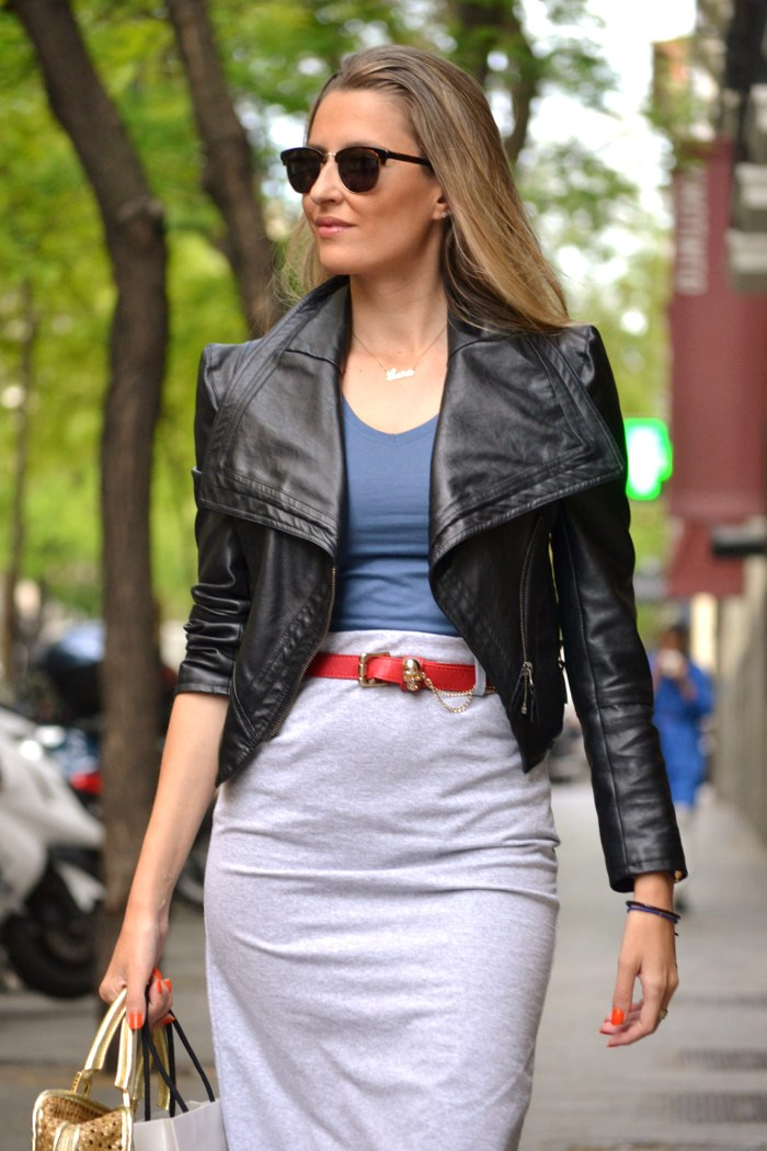Loewe_Bag_Amazona_New_Balance_Long_Skirt_Leather_Perfecto_Jacket_Clubmaster_Lara_Martin_Gilarranz_Bymyheels (12)